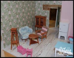 Pähkäilyä miten asettelis huonekalut.
